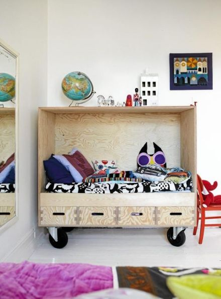 Kids bed plywood