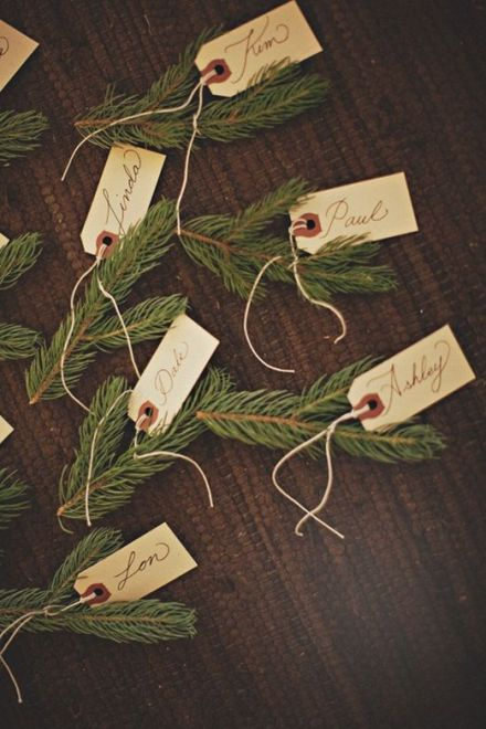 Evergreen place settings